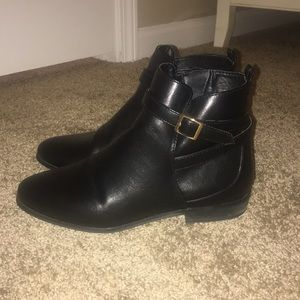 Shoes - Black Buckle Chelsea/Ankle Boots